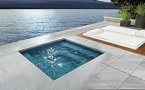 Mini Pool Im Garten : the revolution compact mini pools for the garden terrace ~ A.2002-acura-tl-radio.info Haus und Dekorationen