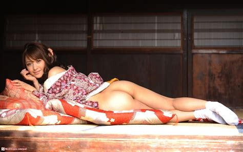 erotic japanese kimono