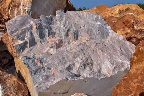 โลก ดาราศาสตร์ และอวกาศ - หินอ่อน (Marble)