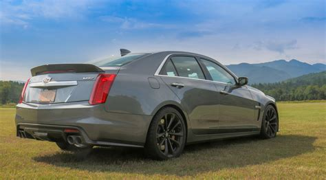 Cadillac Book by Gm Halts Pricey Book By Cadillac Car Subscription