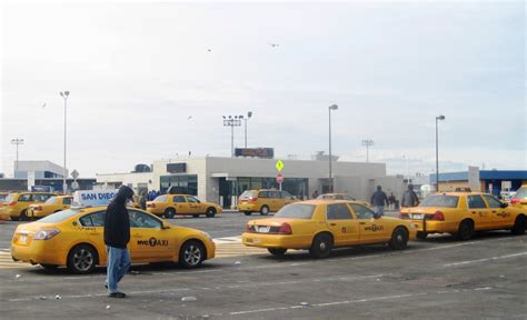 cell phone lot jfk o jpg from the driver s seat the safari becomes a zoo with