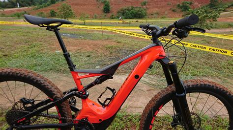 specialized e mtb specialized levo e mountain bike reviewvalleybikes live with balance