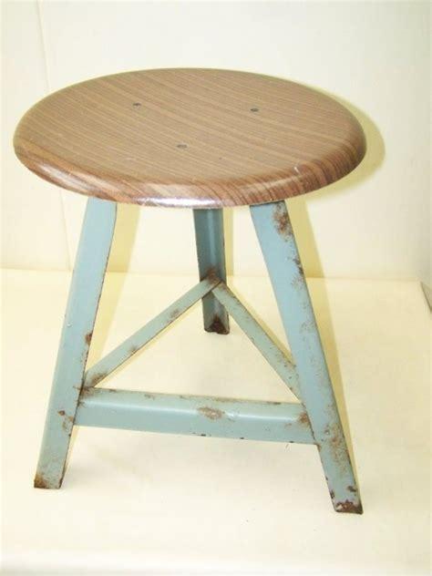 chaise d atelier ancien tabouret déco tabouret d 39 atelier vintage