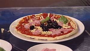 Europe helps Domino's Pizza deliver - Video - Business News