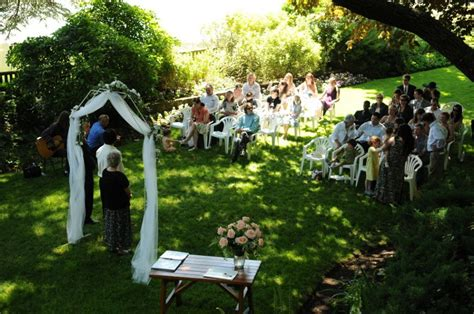 Summer Backyard Wedding by Real Weddings Natalie And S Magical Garden Wedding