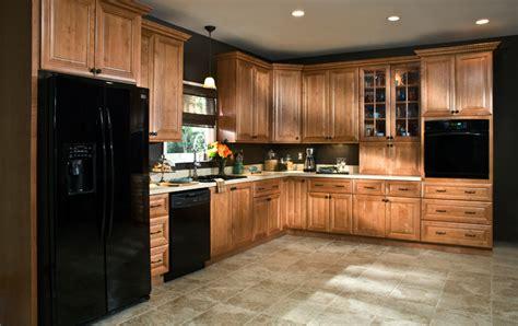 cinnamon glaze kitchen cabinets all wood cabinets langston cinnamon cabinetry 5423