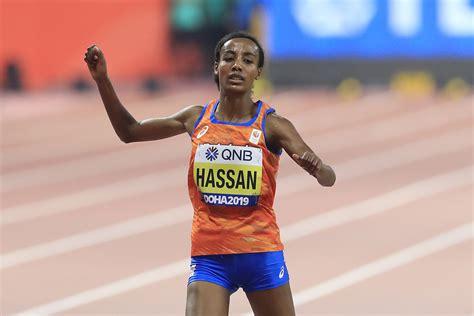 Sifan hassan says she is 'a clean athlete'. WM-Aktuell: Sifan Hassan gewinnt 10.000-m-Gold, Magenkrämpfe stoppen Alina Reh - Mainova ...