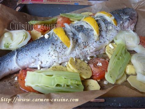 cuisiner saumon entier recettes de papillote par saumon entier cuit en