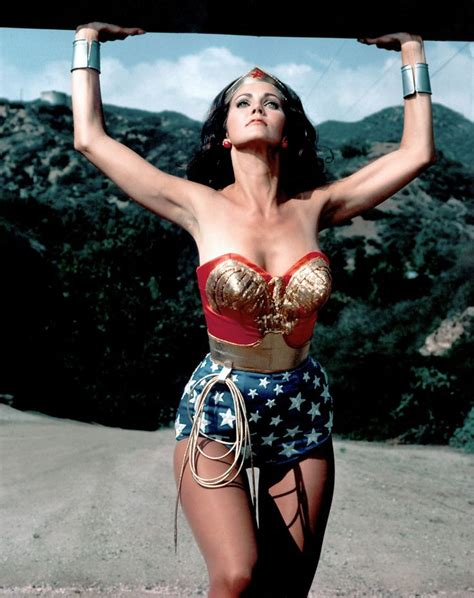 The 31 Best Hourglass Bodies Of All Time Raquel Welch