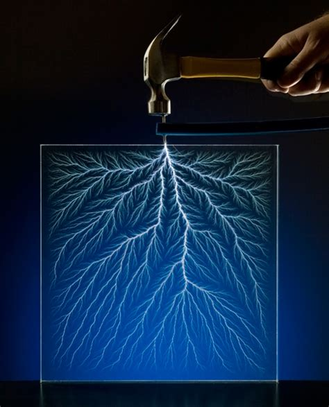 Sheet Carpeting by Popsci Teaches You How To Make Lichtenberg Figures In A