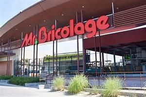 Horaire Mr Bricolage : mr bricolage tignieu centre commercial place du dauphin ~ Melissatoandfro.com Idées de Décoration