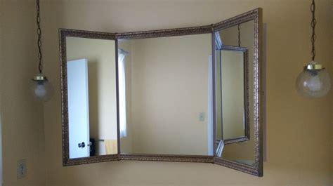 Self Cut System Mirror