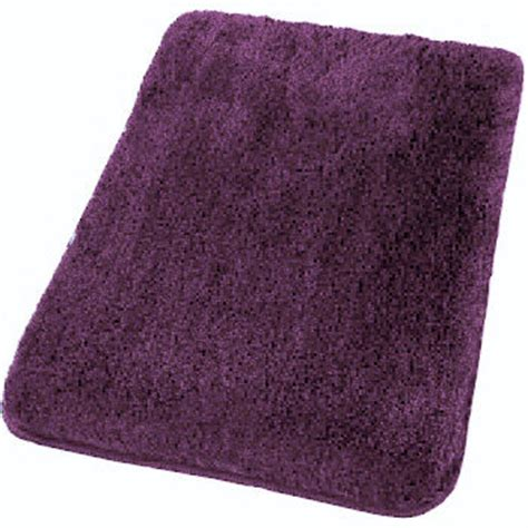 deep bold purple plush carpet   bath availalbe