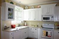 painting kitchen cabinets white Have the Painting Kitchen Cabinets Ideas for Your Home ...