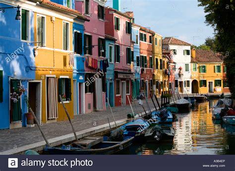 italy colorful houses italy veneto venice lagoon burano island colourful houses
