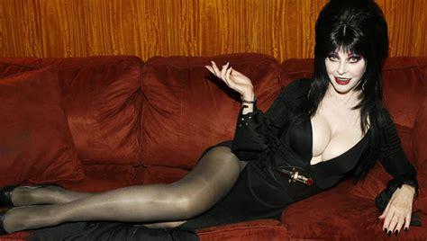 Scary Hot Photos Of Elvira For A Heart Pounding Wcw Tmz Com