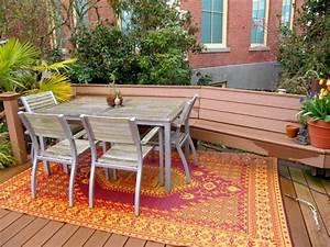 tapis d39exterieur en 50 idees originales de motifs et couleurs With tapis exterieur avec canapé style club