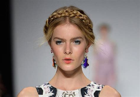 milkmaid braids cute braided hairstyles you should never