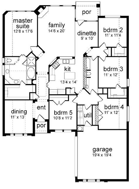 floor plan  bedrooms single story  bedroom