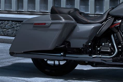 Harley Davidson Cvo Glide Hd Photo by Harley Davidson Cvo Road Glide 2018 Prices In Uae Specs