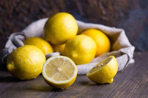 mineralwasser mit zitrone zum abnehmen zitronen optimaler fettkiller und gesundheitsbooster