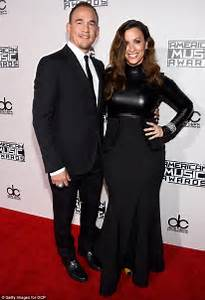Alanis Morissette and husband Souleye team up for song ...