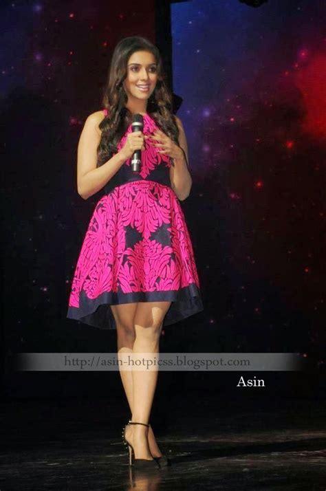 beautiful actress asin sexy legs indian actresses