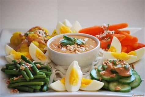 cuisine indonesienne le tour du monde en 232 recettes fait escale chez carotte