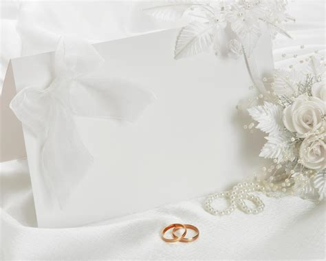 Wedding invitation presentation