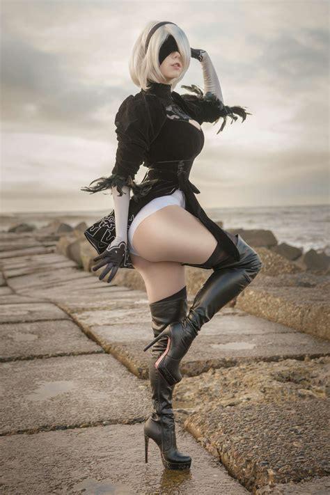yorha 2b [nier automata] thigh cosplay by kamikazemonk