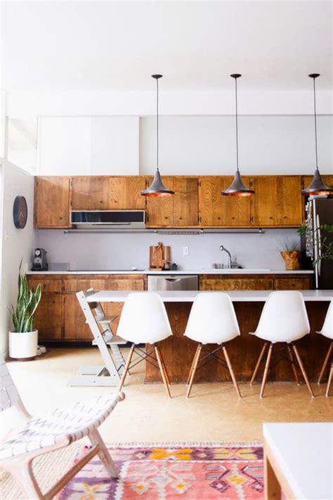 cuisine blanc laqué et bois la cuisine blanche et bois en 102 photos inspirantes archzine fr