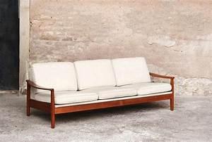 Canapé Convertible Vintage : canap convertible vintage bois teck tissus blanc cru beige ~ Teatrodelosmanantiales.com Idées de Décoration