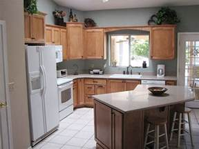 l shaped kitchen designs with island best 25 small l shaped kitchens ideas on