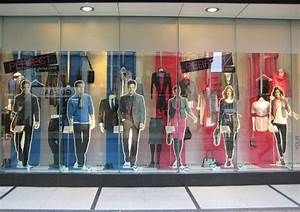 What Can We Learn from Window Displays - MessageNote