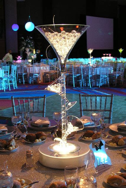 martini glasses glass centerpieces  tabledressers