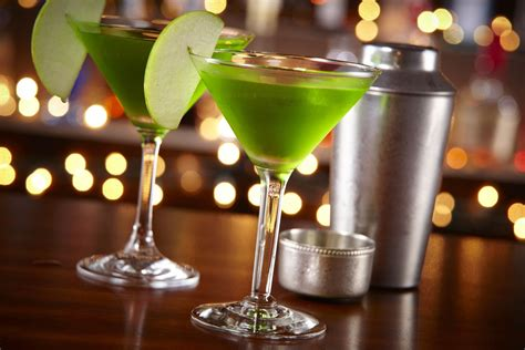 apple martini try out nigella s green apple martini recipe today hungryforever food blog