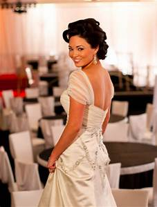 helpi need to make a decision today or risk not having a With adding sleeves to a strapless wedding dress