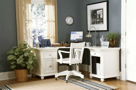 Here's a great desk for when you don't really want a. Amazing Application of Computer Desks for Small Spaces ...