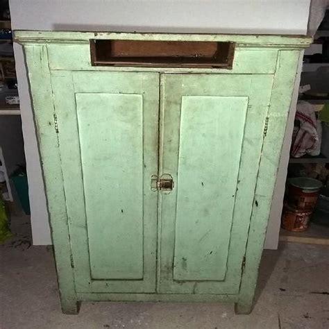 cuisine style ancien meuble cuisine ancien petit meuble blanc ancien meuble