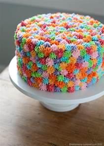 simple cake decorating ideas mirrormirror easy cake decorating idea