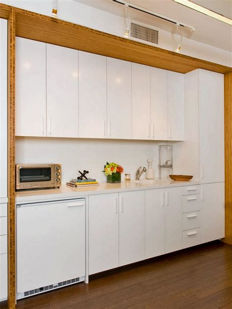 kitchen colors 2012 kitchen cabinet paint colors pictures ideas from hgtv Modern