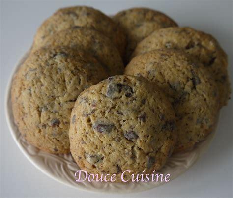 cuisine chocolat cookies aux pépites de chocolat douce cuisine