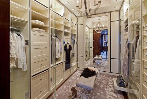 Rich Closet by A Look At Some Lavish Walk In Closets Homes Of The Rich