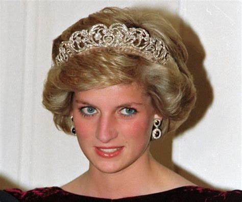 Princess Diana Biography  Childhood, Life Achievements