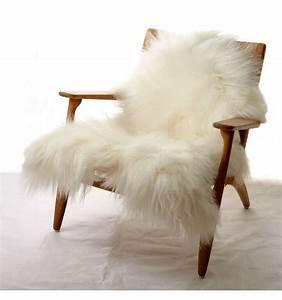 Peau De Mouton : peau de mouton poils longs blancs achat en ligne fab design ~ Teatrodelosmanantiales.com Idées de Décoration