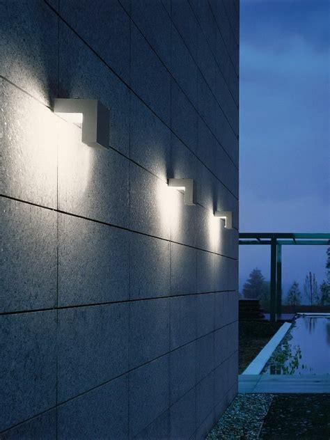 corpi illuminanti per esterni i corpi illuminanti nimbus per ambienti esterni design