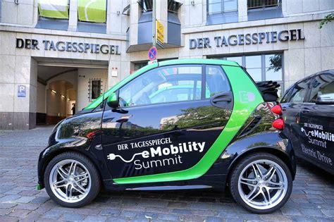 Erste Bmw I8 Werden An Kunden Uebergeben by 2014 Ist Das Jahr Des Vertriebs F 252 R Die Elektromobilit 228 T