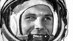 Yuri Gagarin - Home
