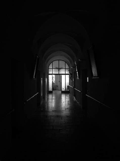 image libre monochrome architecture tenebres obscurite