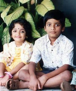 malayalam actress kavya madhavan childhood photos mere pix With kavya madhavan bathroom
